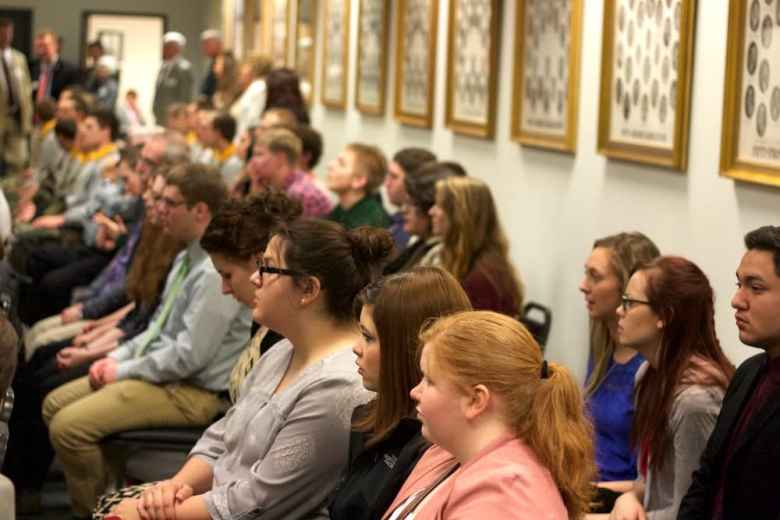 Students from Campbell County High School observe the Senate from the gallery on March 1. They were visiting Cheyenne for an academic competition and stopped in the temporary capitol building to watch the chamber. (Andrew Graham/WyoFile)