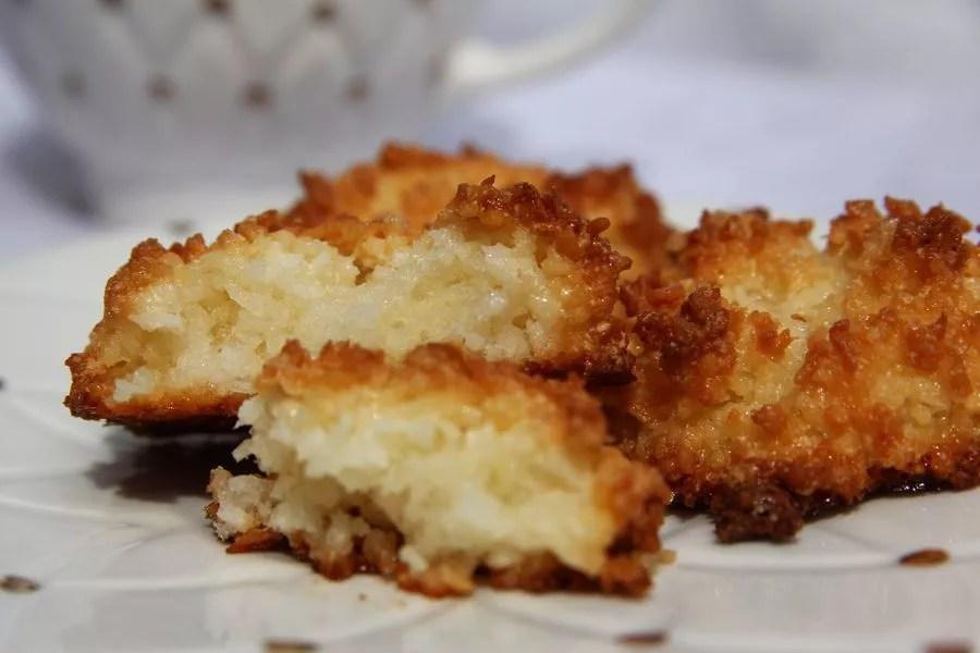 ciastka z wiórkami kokosowymi