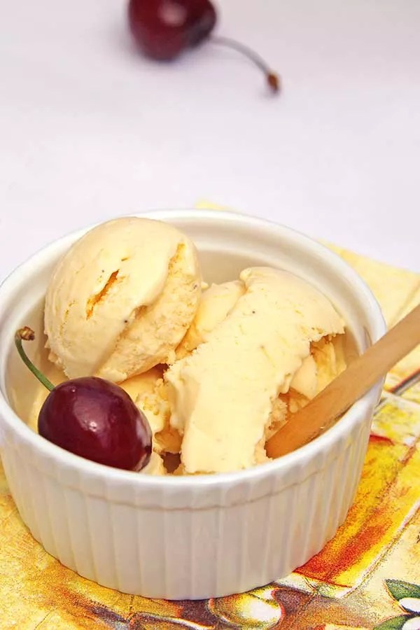domowe lody cynamonowe