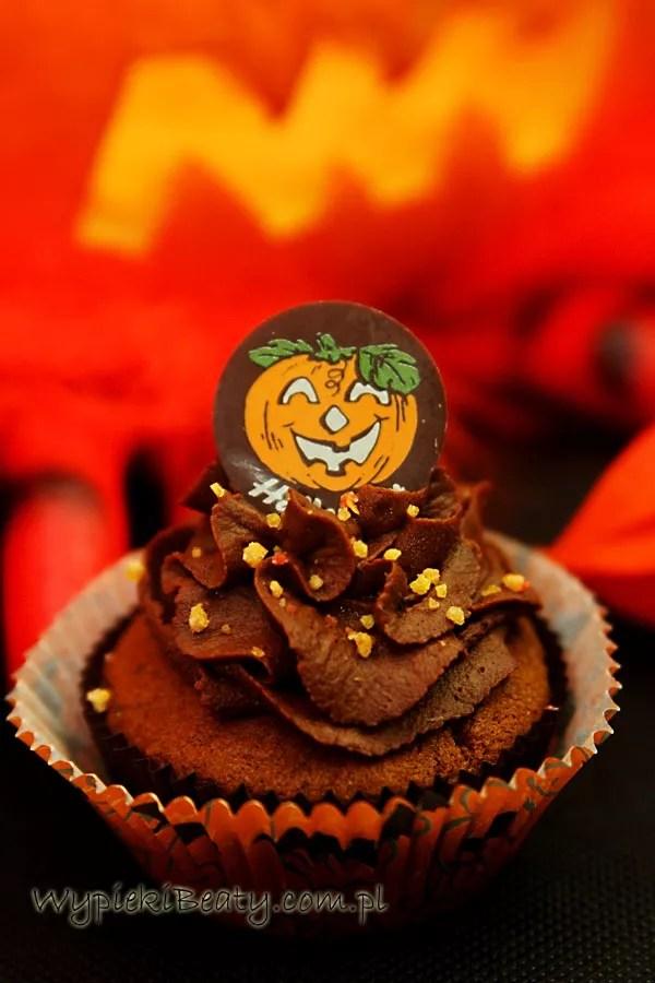 czekoladowe babeczki halloweenowe3
