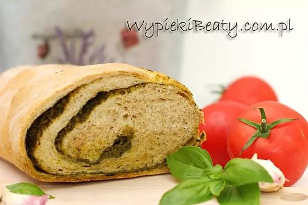 chleb z bazylią