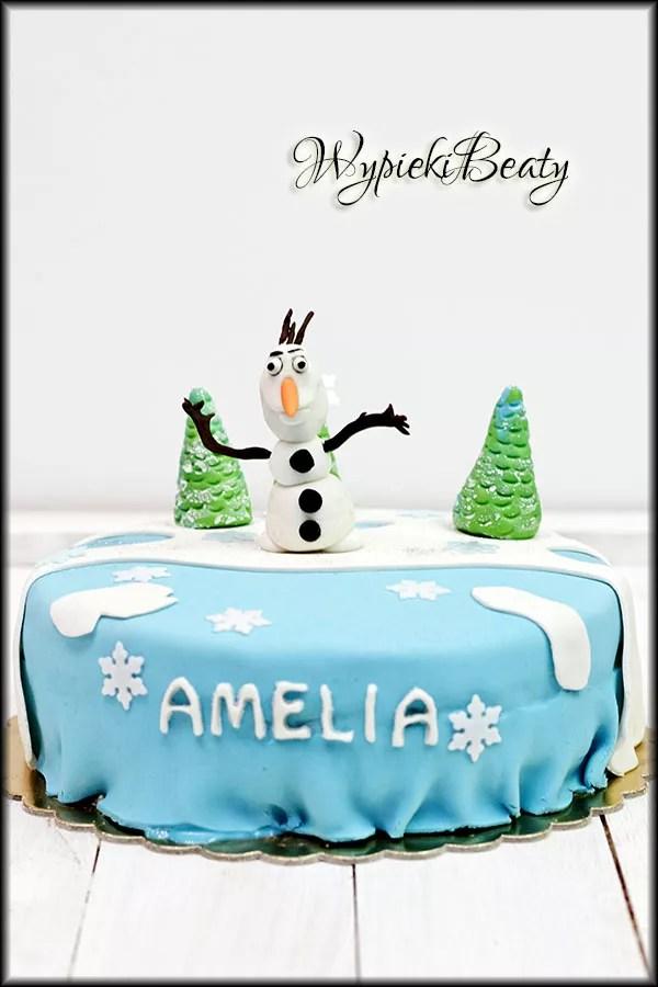 urodzinowy tort z Olafem
