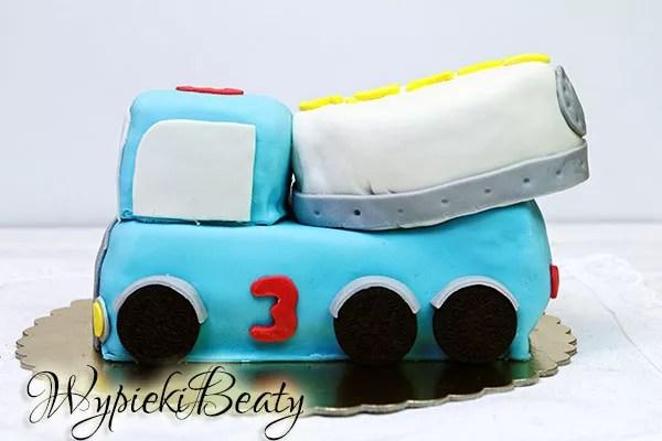 tort betoniarka na urodziny