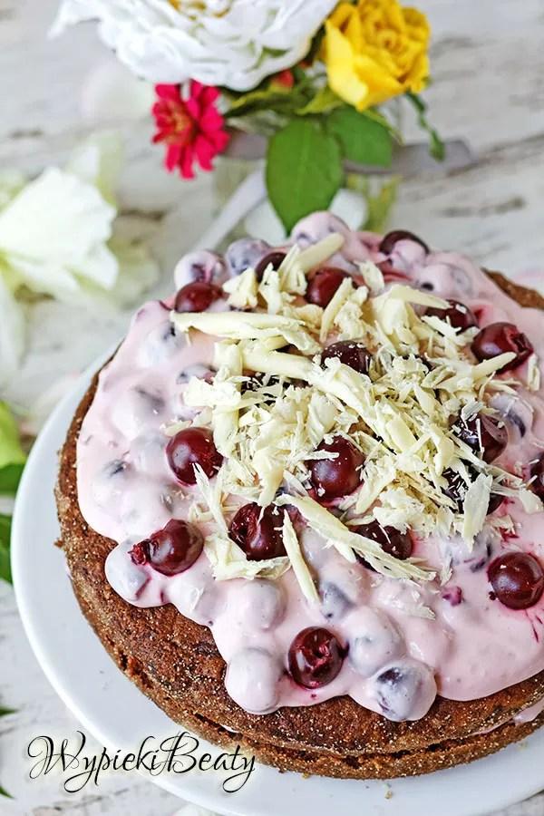 ciasto wiśniowe, ciasto z wiśniami, ciasto czekoladowe, biała czekolada, banany, ciasto bananowe, wiśnie, banany, cherry cake with white chocolate