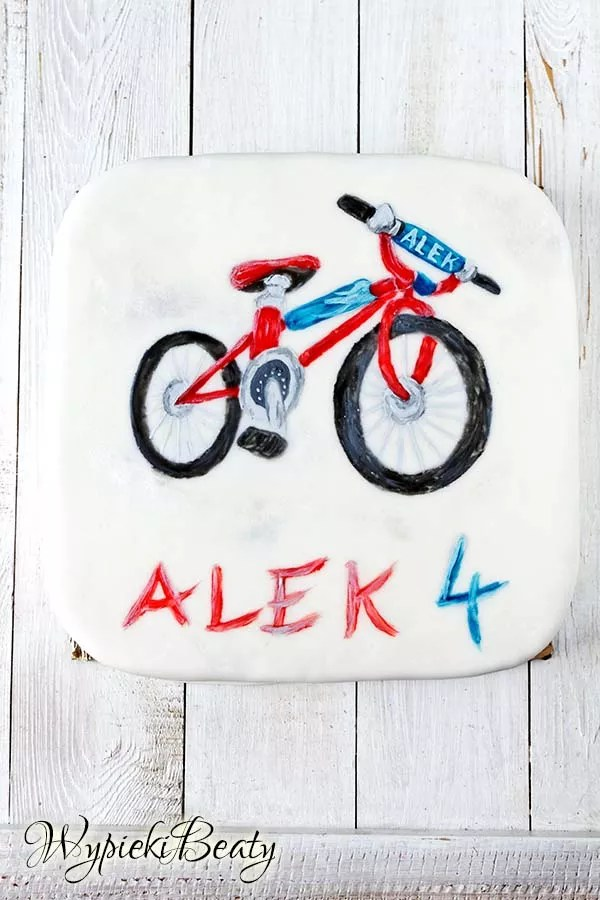 tort z rowerem 3