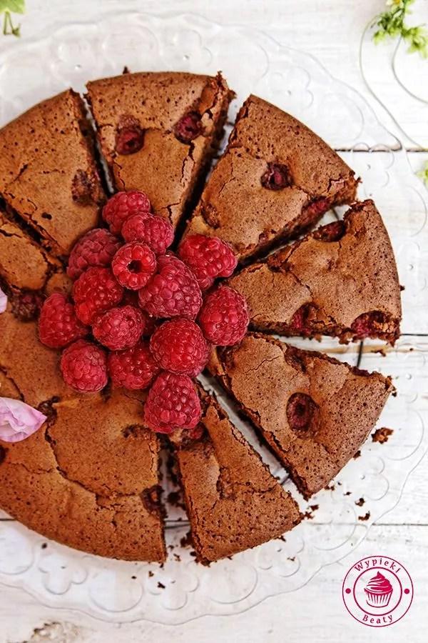 czekoladowe ciasto z malinami 3