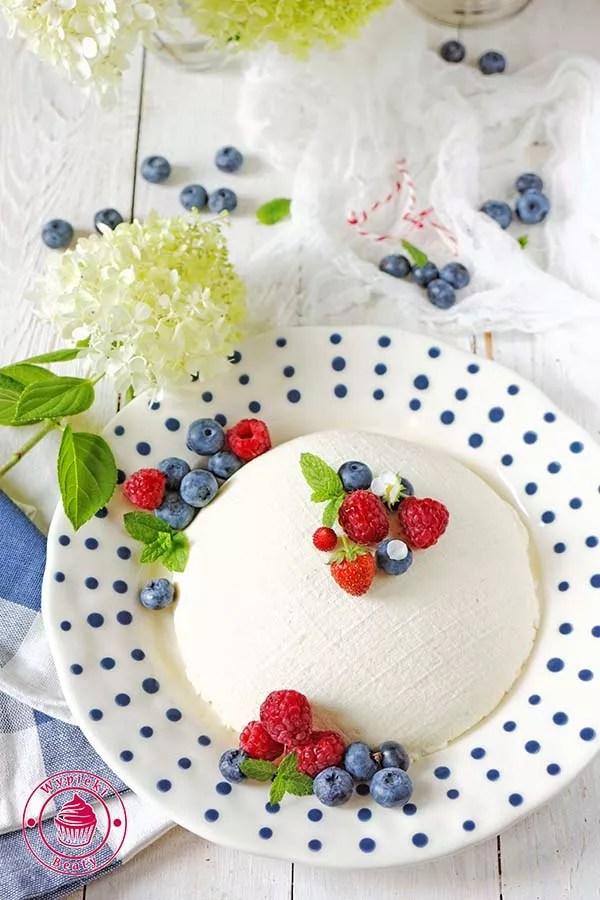 twaróg z owocami