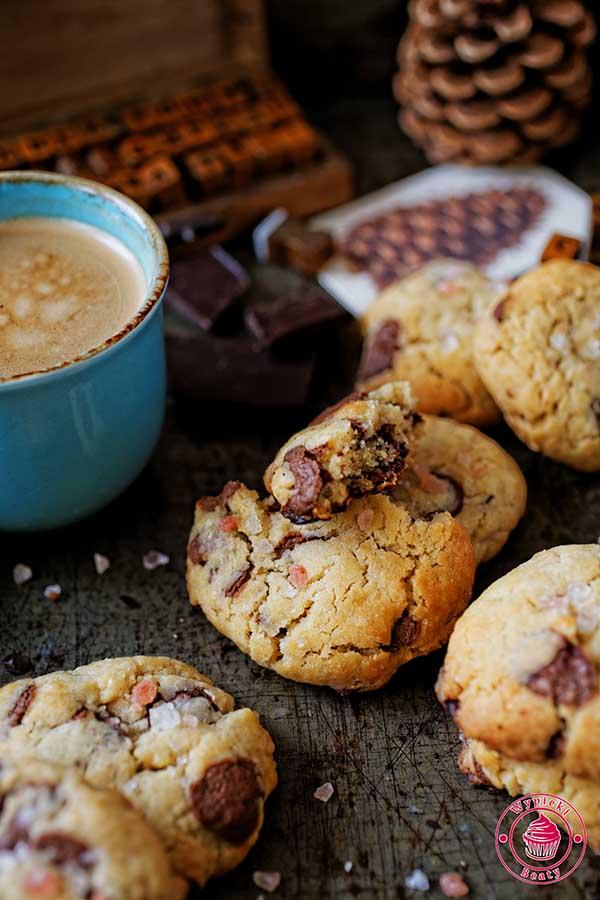 proste ciasteczka z czekoladą