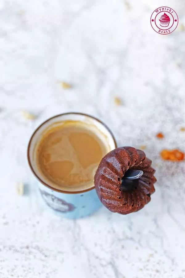 donuty czekoladowo-orzechowe