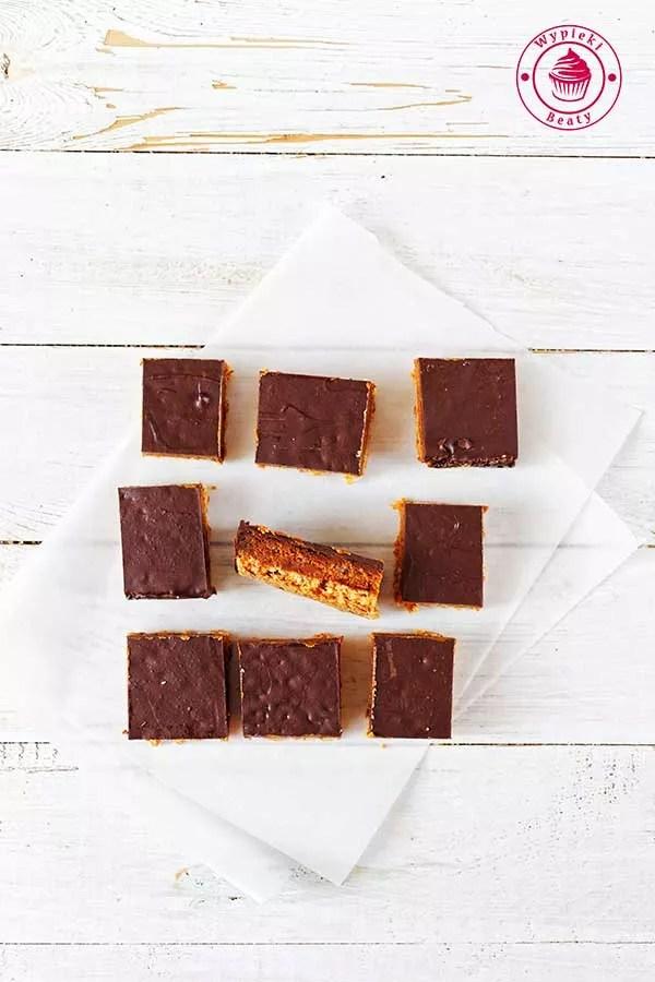 domowe batoniki z czekoladą