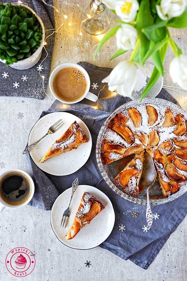 pyszne i proste ciasto z jabłkami i kardamonem