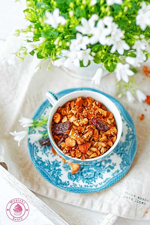 domowa granola jabłkowa