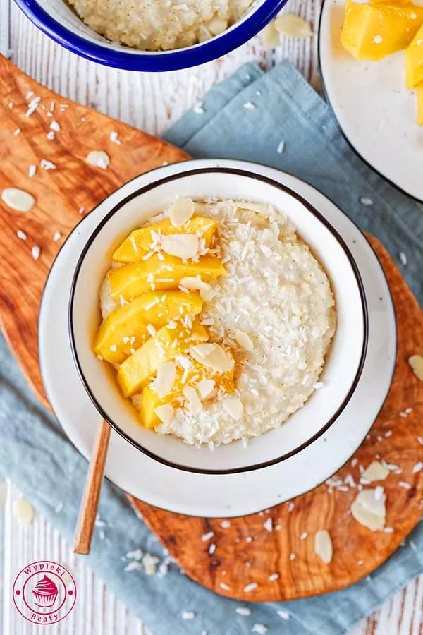 zdrowa i pyszna jaglanka na mleku kokosowym