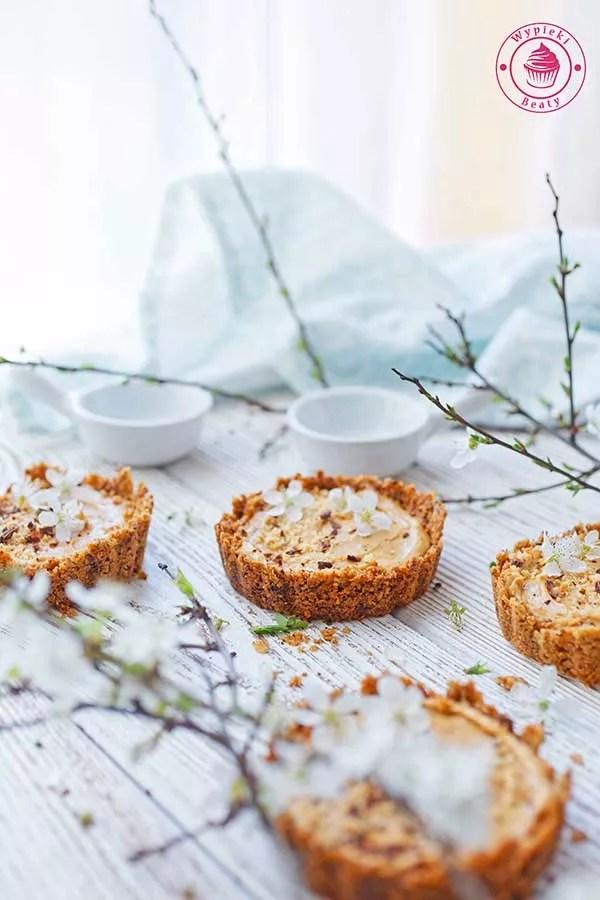 bezglutenowe tarty z masłem orzechowym
