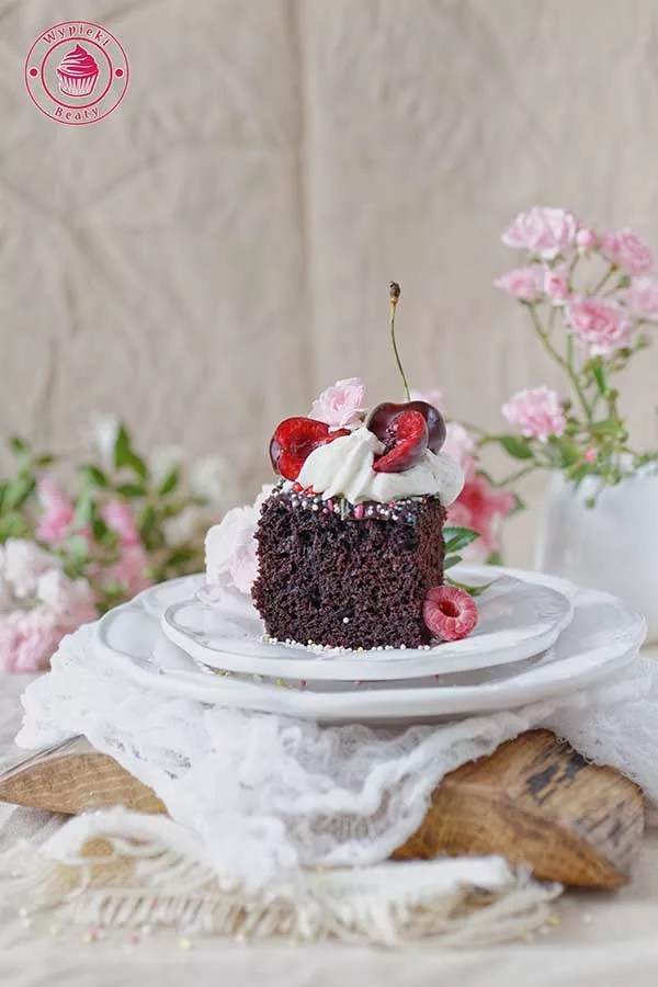 proste czekoladowe ciasto