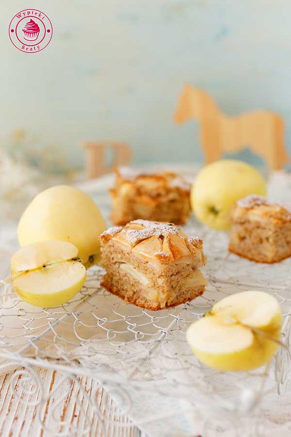 ciasto bez miksera z owocami