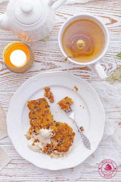 ciasto marchewkowe z kremem z mascarpone