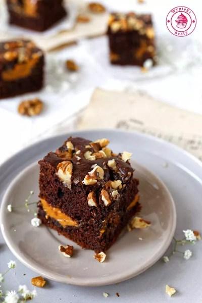 ciasto czekoladowe z orzechami włoskimi i kajmakiem