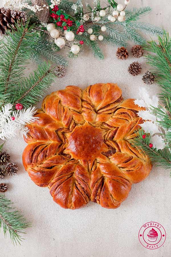świąteczna gwiazda pomarańczowa