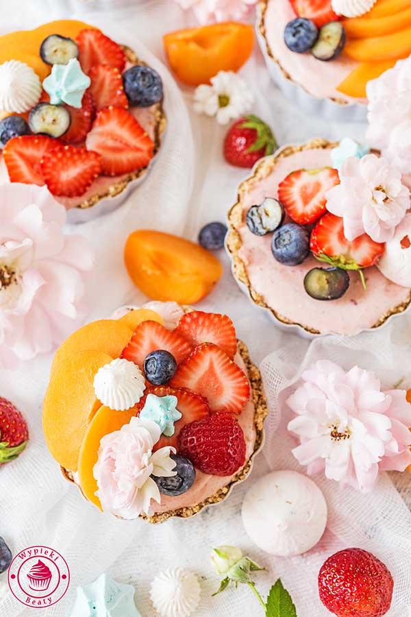 tarta owocowa bez pieczenia