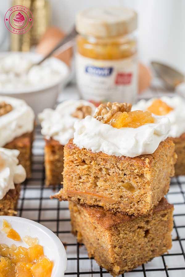 ciasto marchewkowo-brzoskwiniowe