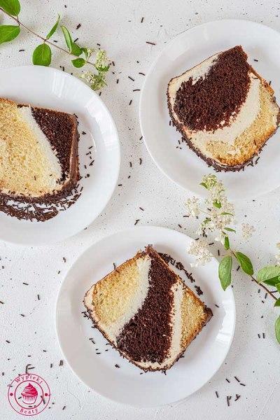 ciasto czekoladowo-waniliowe z kremem