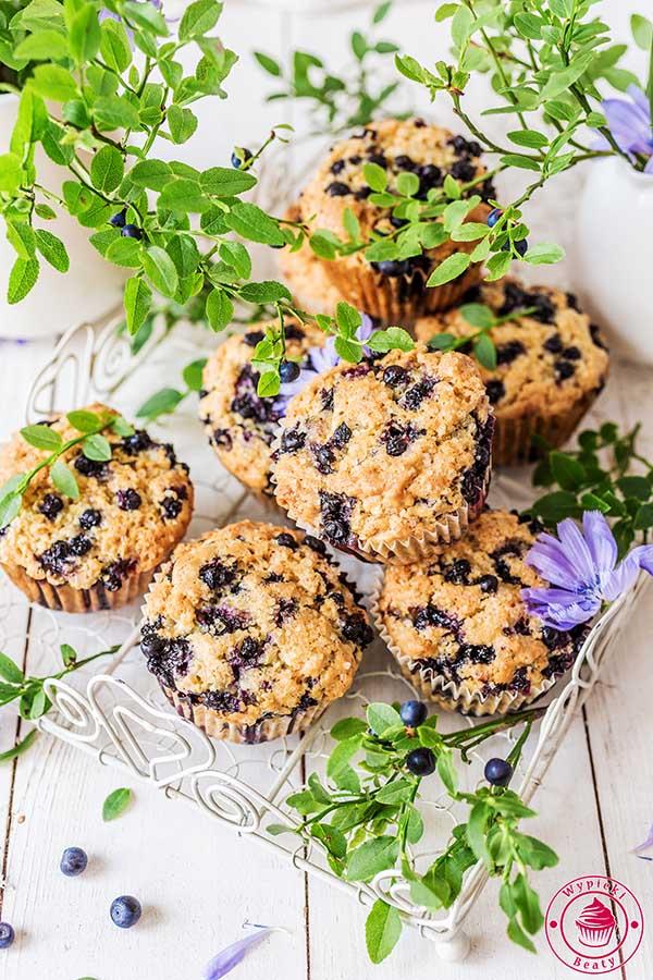 wegańskie muffinki z jagodami