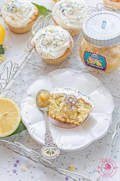 babeczki cytrynowe z makiem i kremem