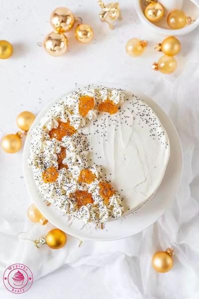 prosty tort z kremem z mascarpone,śmietany kremówki i galaretką