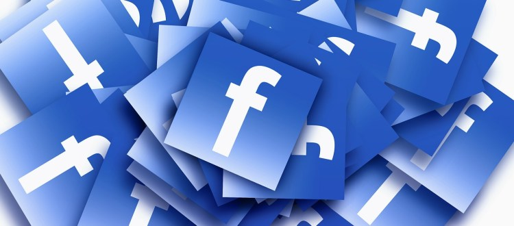 zwolnienie za wpisy na facebook