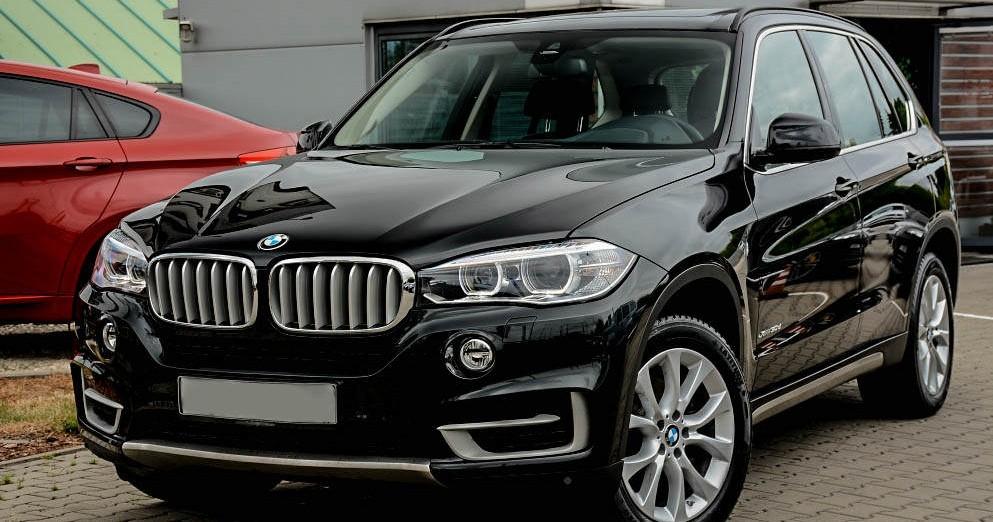 W ostatnim czasie pojawiło się kilka fascynujących nowości, które uwodzą nie tylko mocą silników, ale także bezkompromisowym designem i … Wynajem samochodu BMW X5