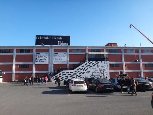 wystawowe zwierze 13. Istanbul Biennale, Turkey (30)
