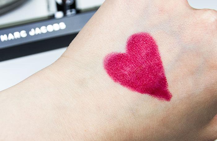 Marc Jacobs Beauty Kiss Pop Lipstick