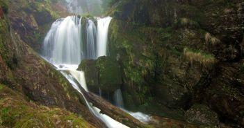 Jeden z najciekawszych szlaków w Sudetach – Wodospady na Białej Opawie