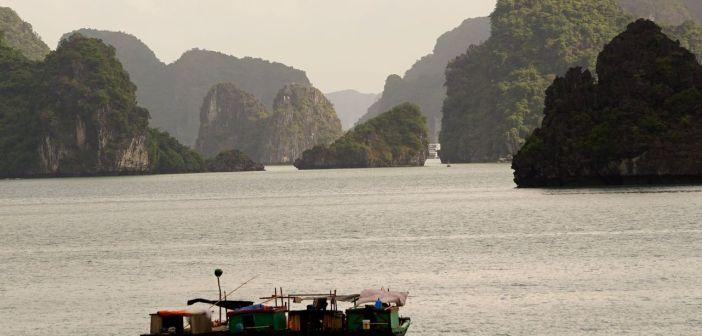 7 Cudów Natury: Zatoka Ha Long {Wietnam]