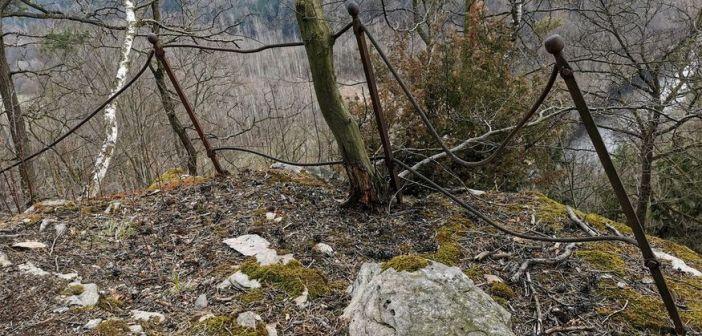 Sudecka skała mitycznej Lorelei? Geneza zapomnianego punktu widokowego nad Bobrem