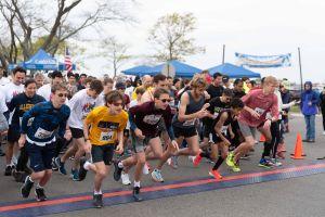 Image: Racers at start line