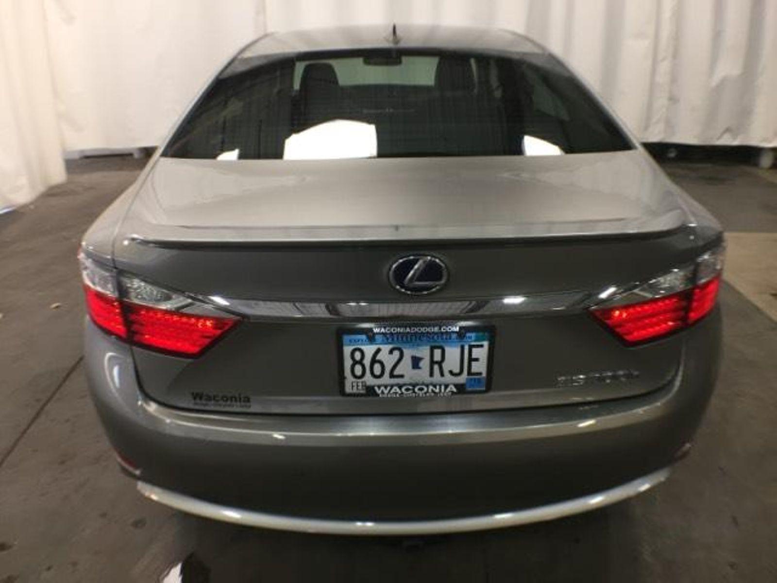 2015 Lexus ES 300h Hybrid