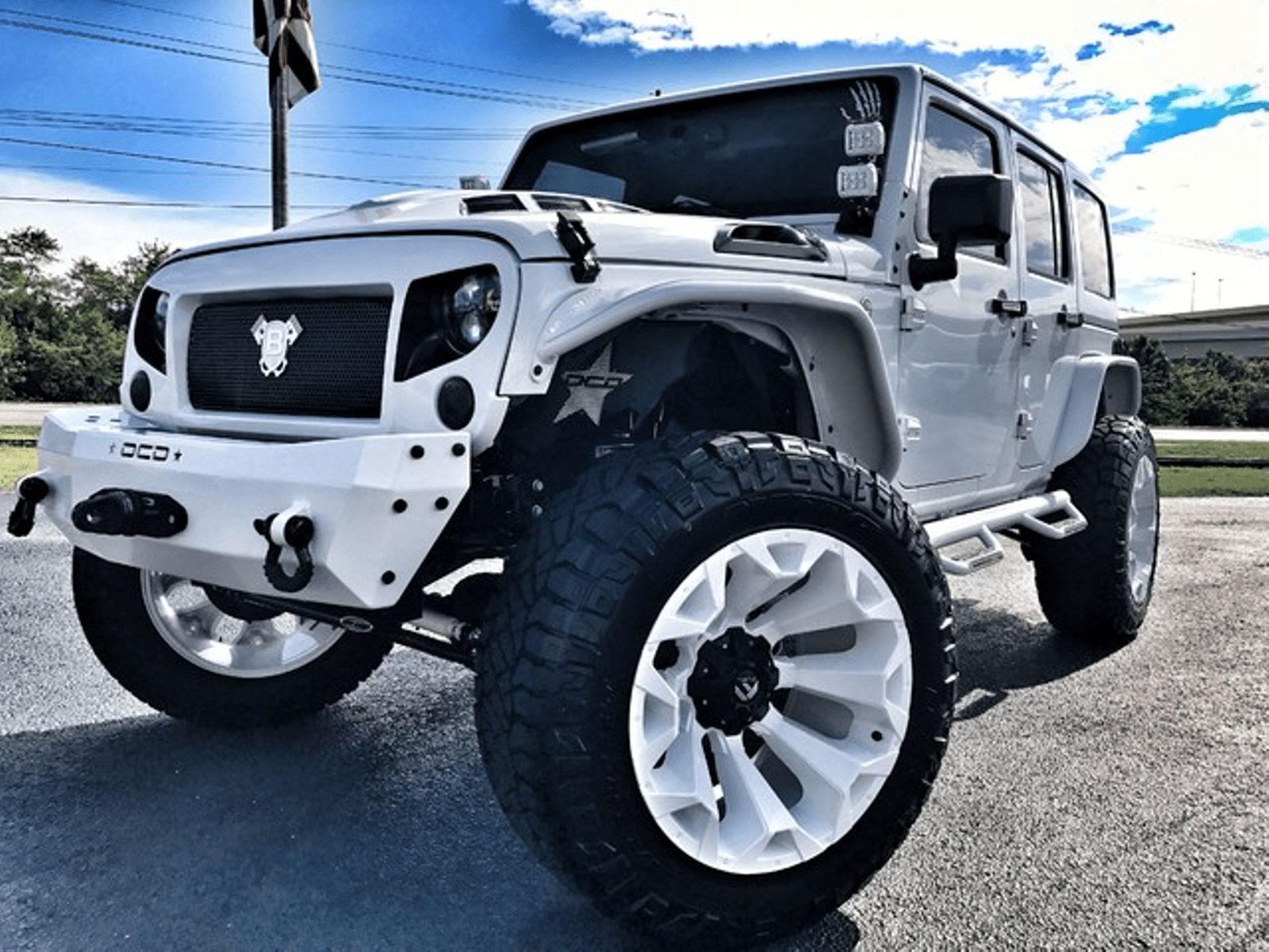2017 Jeep Wrangler Unlimited WHITE OUT CUSTOM LIFTED