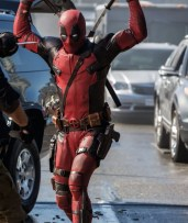 Deadpool - Swords Out