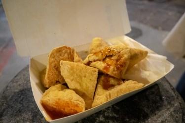 台北グルメ 寧夏夜市で臭豆腐に初チャレンジ&鬍鬚張(ひげちょう)魯肉飯&豆花