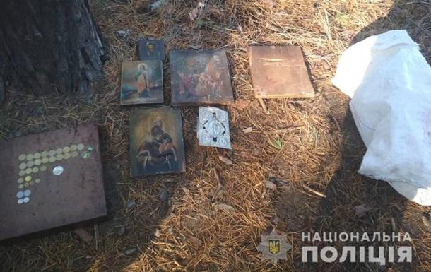 У Харківській області чоловік обікрав храм