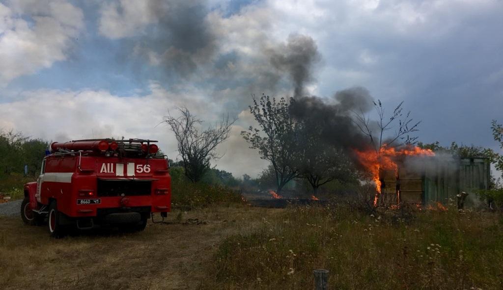 Пожежі сухостою на Харківщині продовжують завдавати збитки