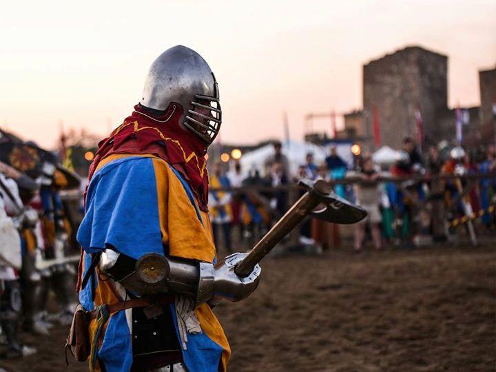У Харкові провели реконструкцію історичного середньовічного бою