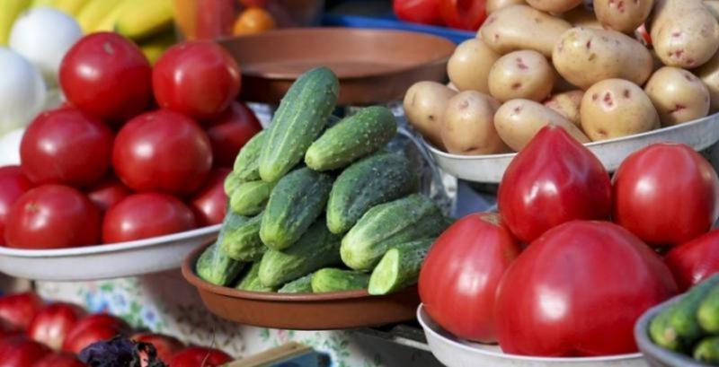 Продовольчі ринки запрацюють з 1 травня