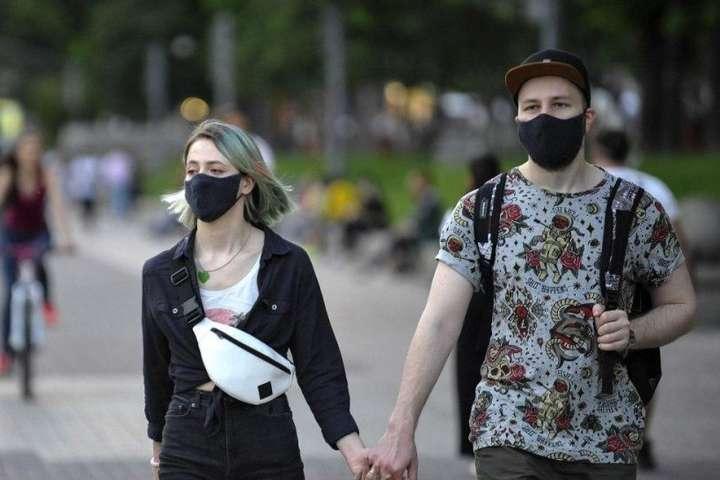 В Україні дев'ять областей не готові до послаблення карантину