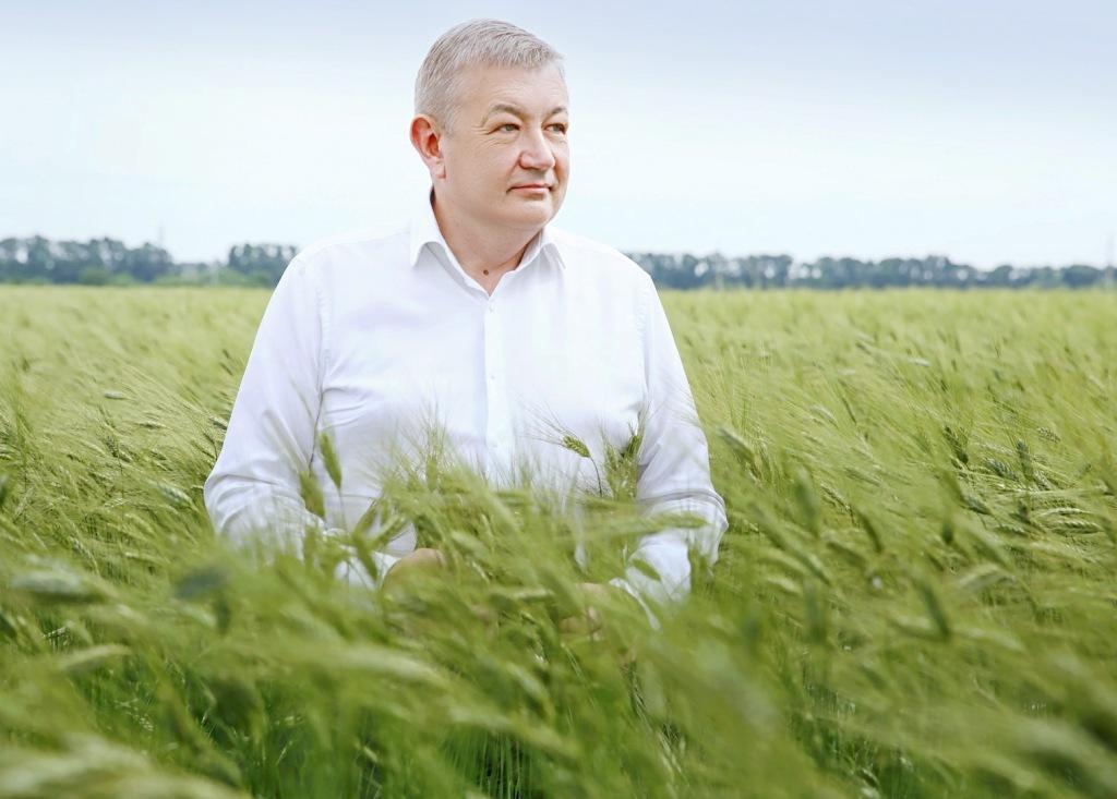 Сергій Чернов привітав аграріїв з вдалим початком жнив