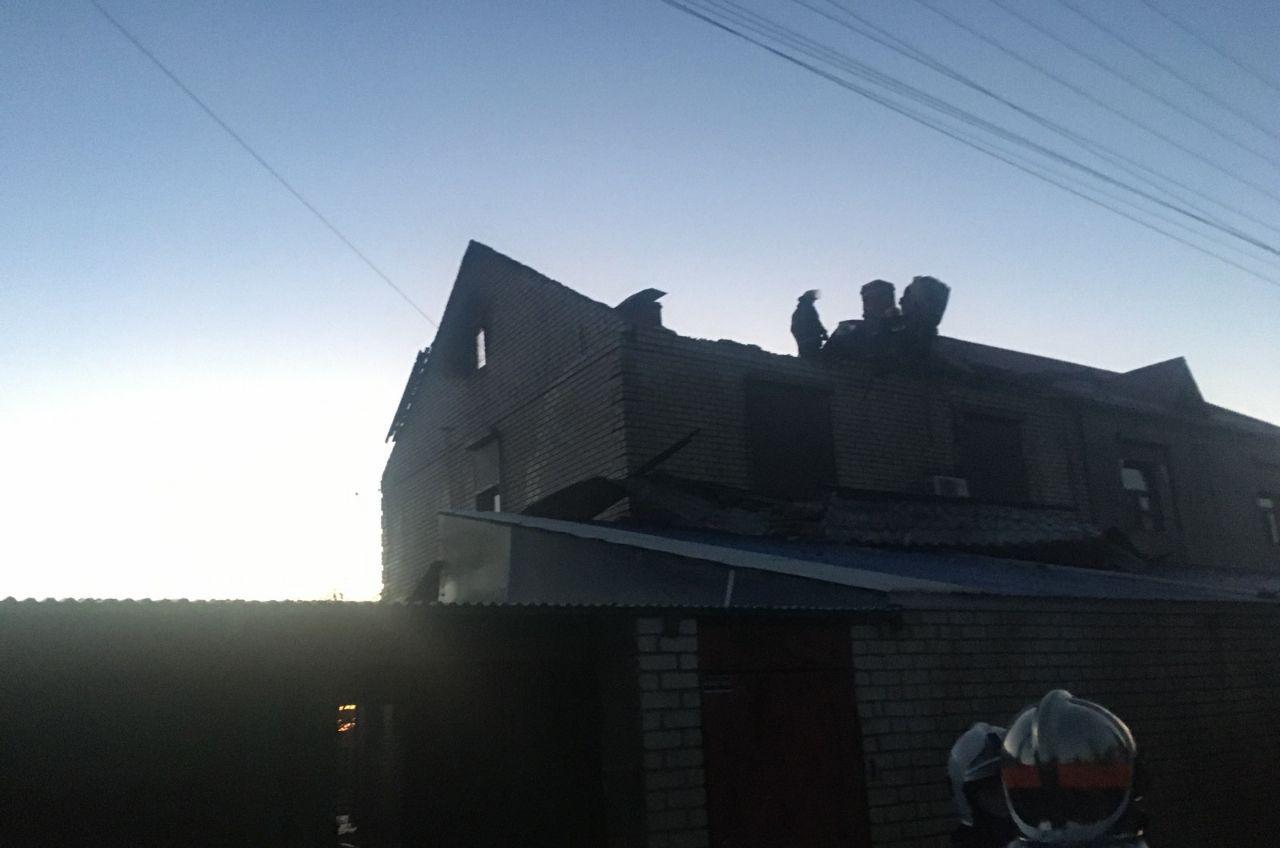 У Київському районі масштабно горів житловий будинок