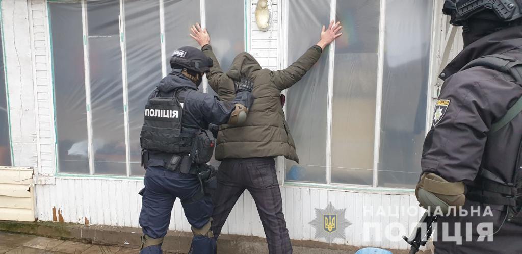 Оперативники викрили рецидивіста, який вбив мешканця області