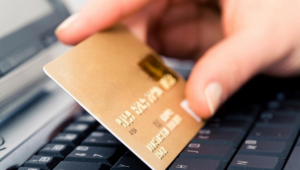 Харків'янин здійснював незаконні операції з електронними грошима